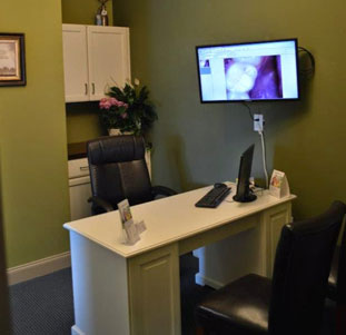 Seamless Dentistry Front Desk